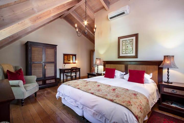 De Hoek Old Oak Room