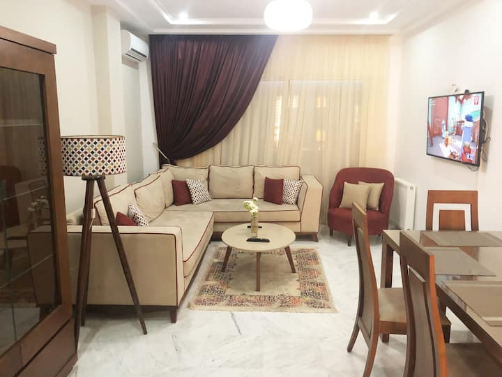 Luxurious 2 bedrooms aparment Jardin de Carthage