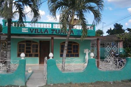 Villa Juana - Playa Larga - Penzion (B&B)