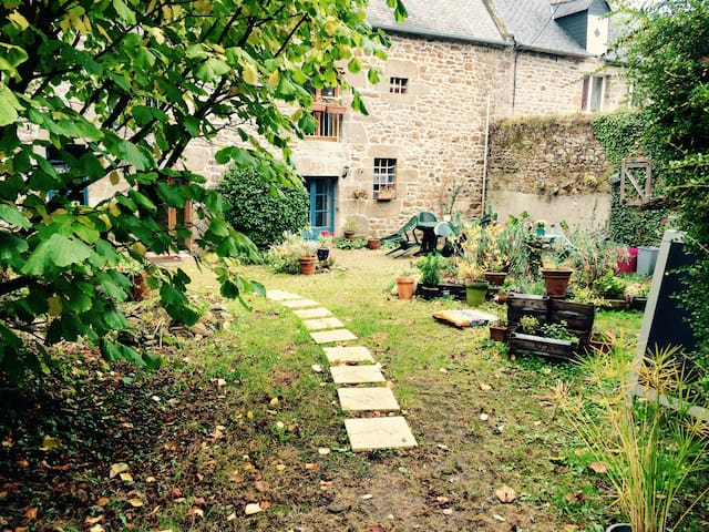 La Petite Suite - Lanvallay - Bed & Breakfast