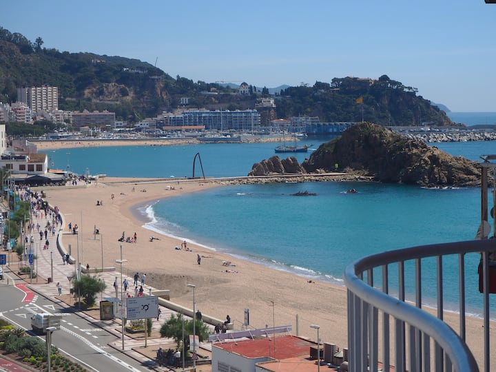 Espectaculares vistas  apartamento Mar i Cel