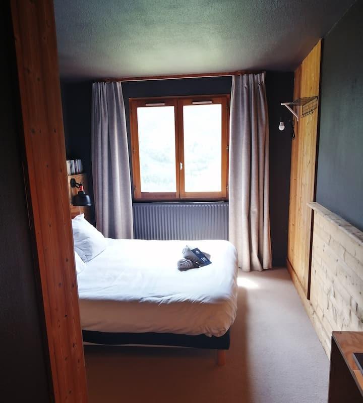 Chambre double vue montagne - ho36 hostel