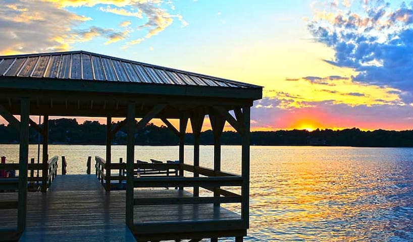 Sunset Haven Lakefront Home on Lake Norman