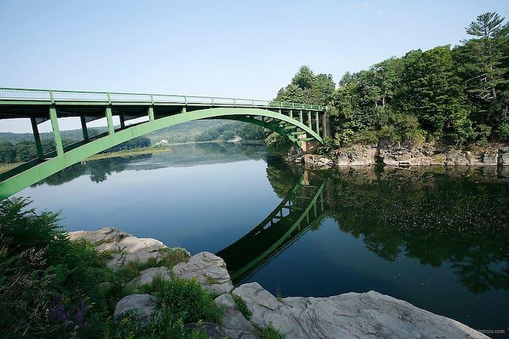 Delaware River Getaway Paradise