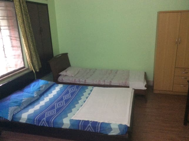 ROOM No.1. 3 Separate Beds.
