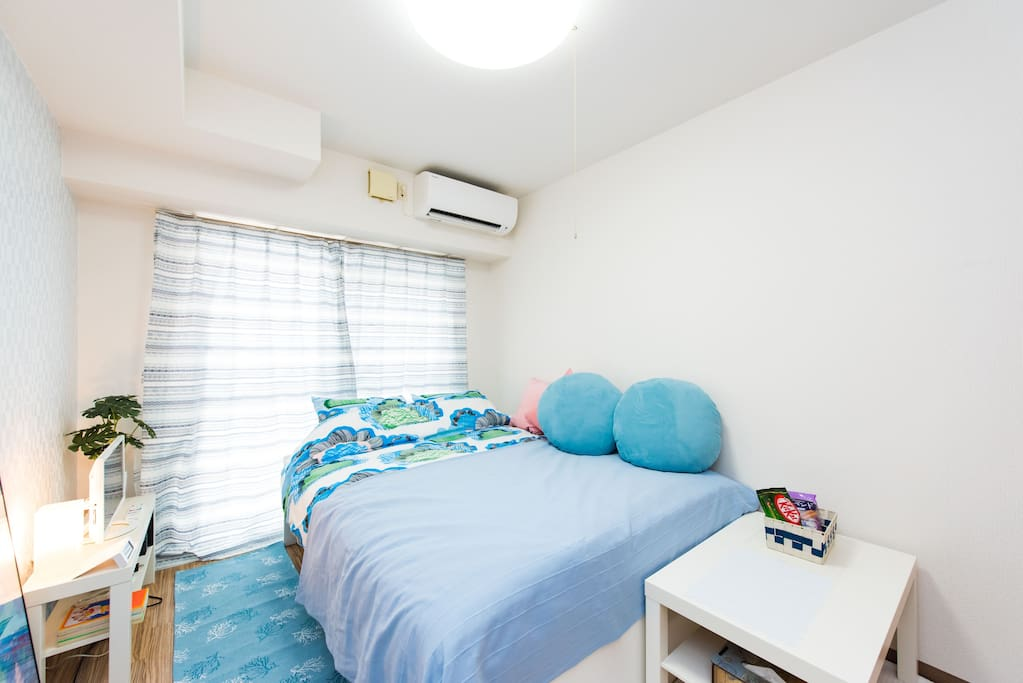 Double bed  快適なダブルベッド  双人床
