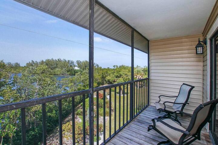 LAKE PALMS 7 -  BOOK 28+ DAYS CHECK-OUT ANYTIME! 2BR/2.5BA
