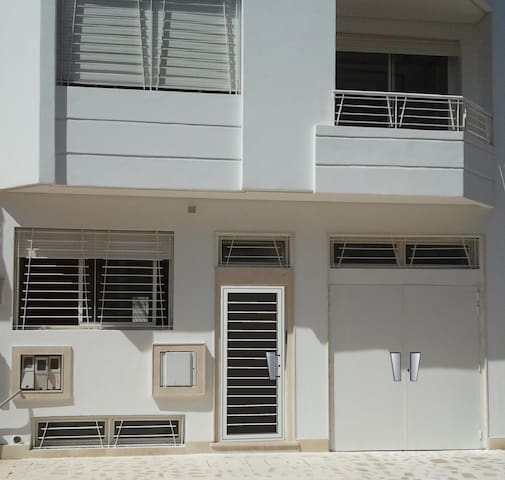 Grand duplex  200 m2  Meublé  + Grande terrasse