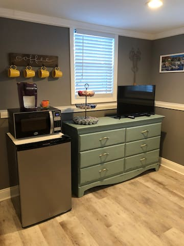 Mini Fridge with Freezer Microwave Keurig with complimentary coffee, teas, and creamer Smart TV with Netflix and a drawer full of movies!