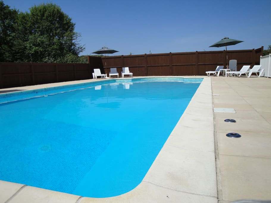 Pool, 11m x 5m with shallow 1.1m and deep end of 2.2m
