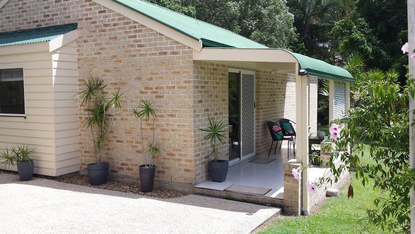 hinterland retreat - Tallai - Guesthouse