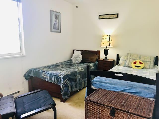 Quiet room in Port Moody