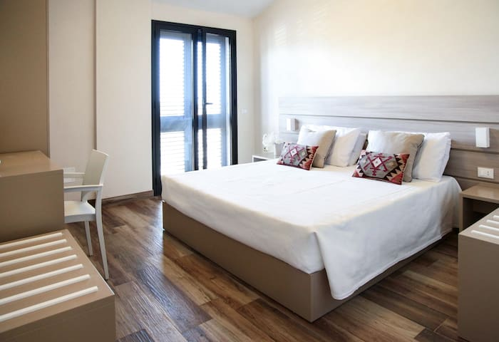 Ulivo Blu Holiday Homes - One-bedroom with Garden