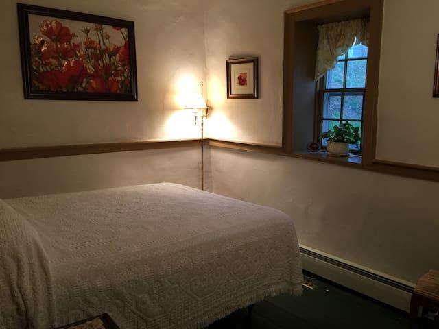Headley Inn Amelia Suite