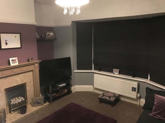 Double room in Farsley close to Leeds and Bradford - Farsley
