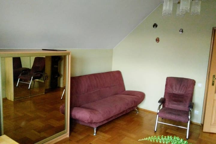10 minutes from Airport, 10 minutes from Centre - Kraków - Huis