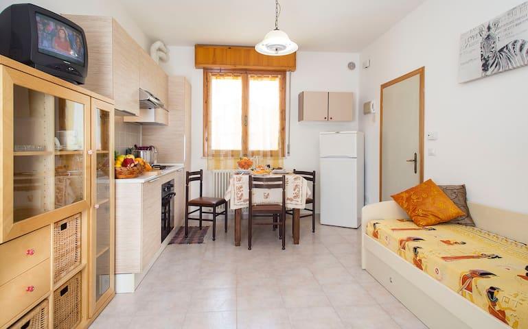 LAST MINUTE per 4 persone - San Mauro A Mare - Wohnung