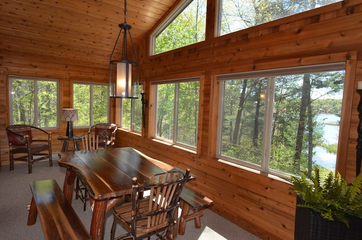 Private Home on Upper Twin Lake, Close to Trails