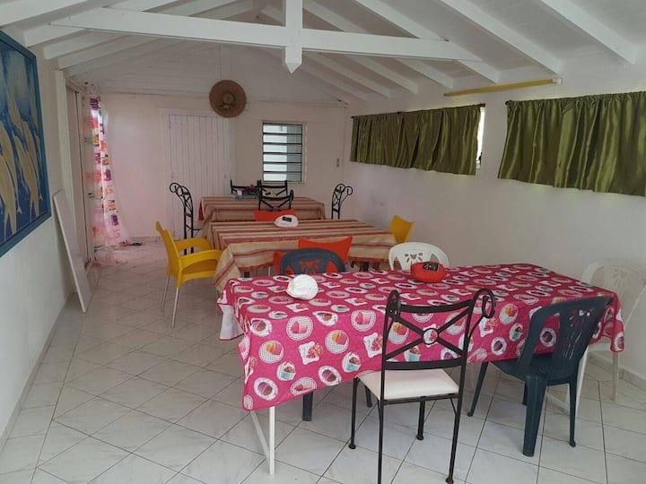 Bas de villa au plein coeur de la Guadeloupe