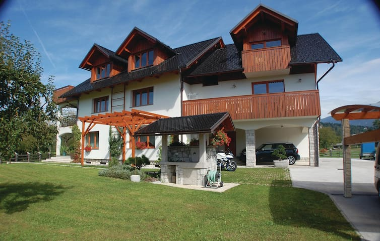 Holiday apartment with 1 bedroom on 35 m² in Bled
