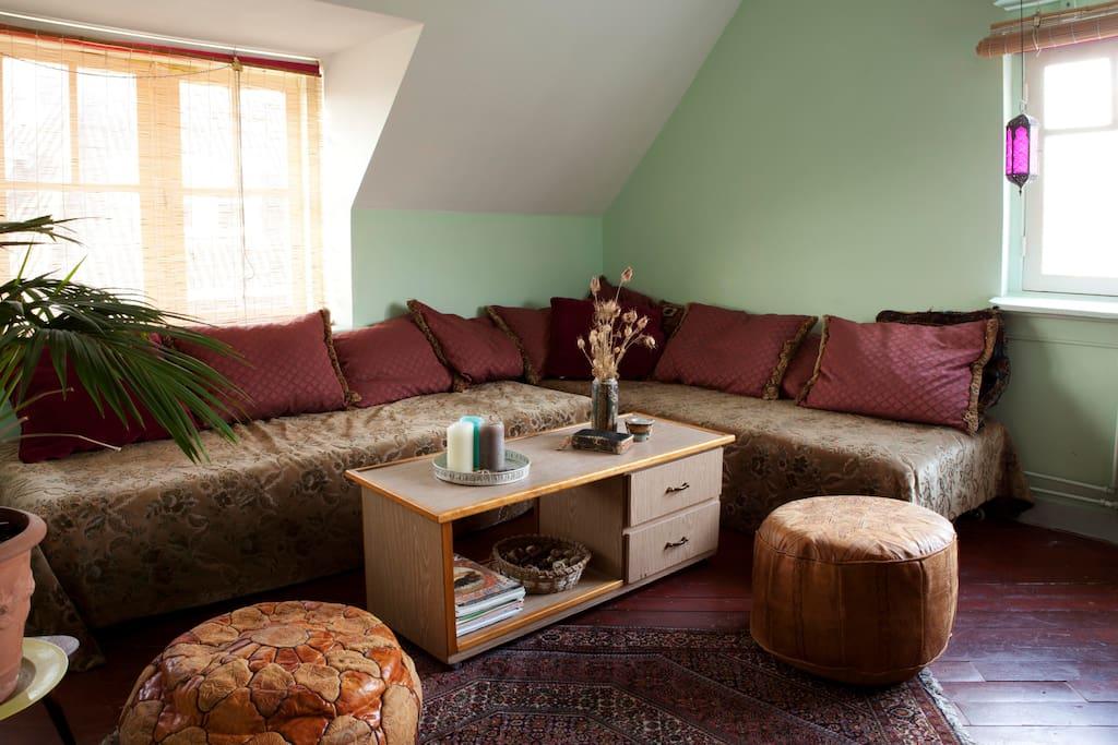 yogabijmaya bedandbreakfast hostels zur miete in 39 s hertogenbosch noord brabant niederlande. Black Bedroom Furniture Sets. Home Design Ideas