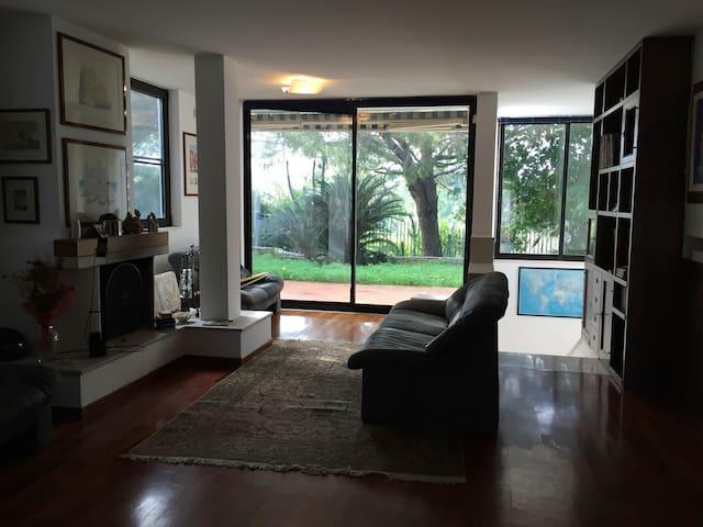 Rooms in beautiful villa