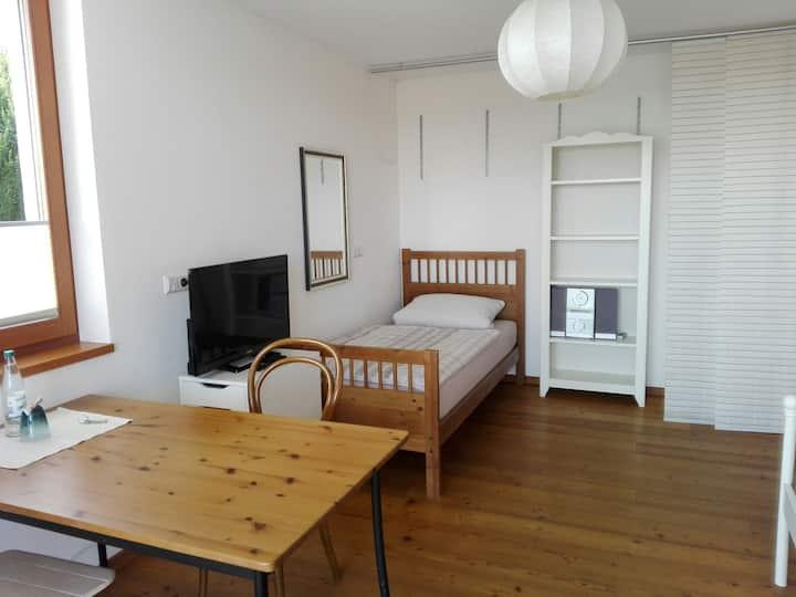 #3 Sonnige Zimmer mit Balkon