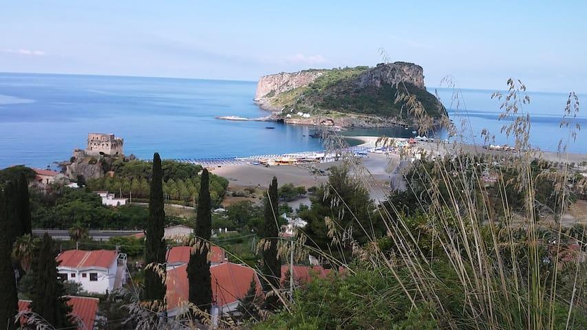 UN ANGOLO DI PARADISO - Praia A Mare - House