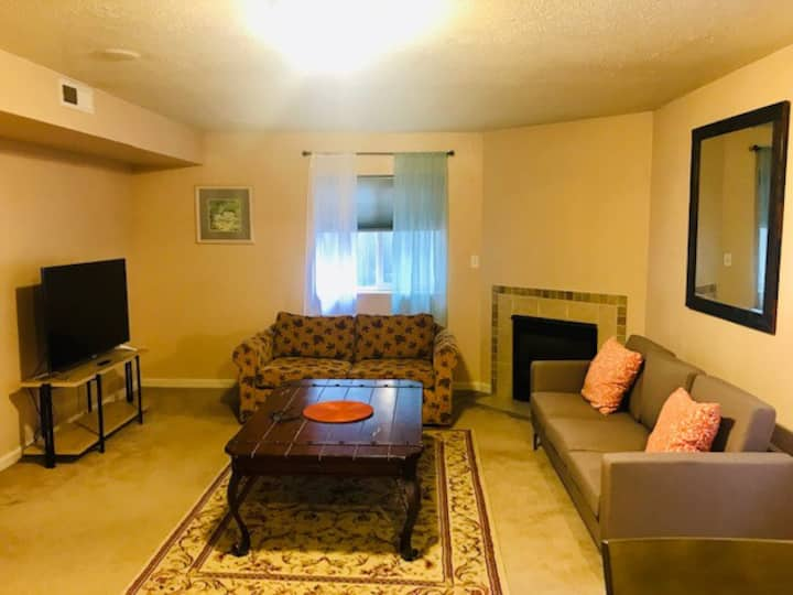 Spacious & Cozy Basement near Downtown Provo