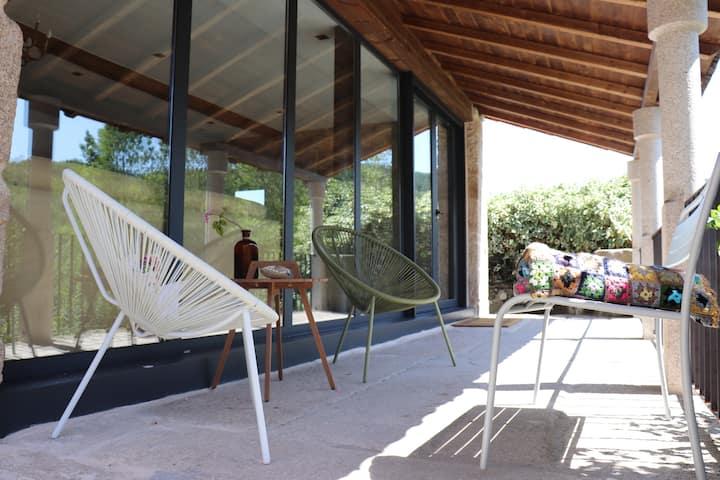 Casa rural de diseño en plena Ribeira Sacra,Pombar