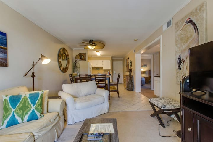 Comfortable villa one row away from the beach w/shared pool & grills!