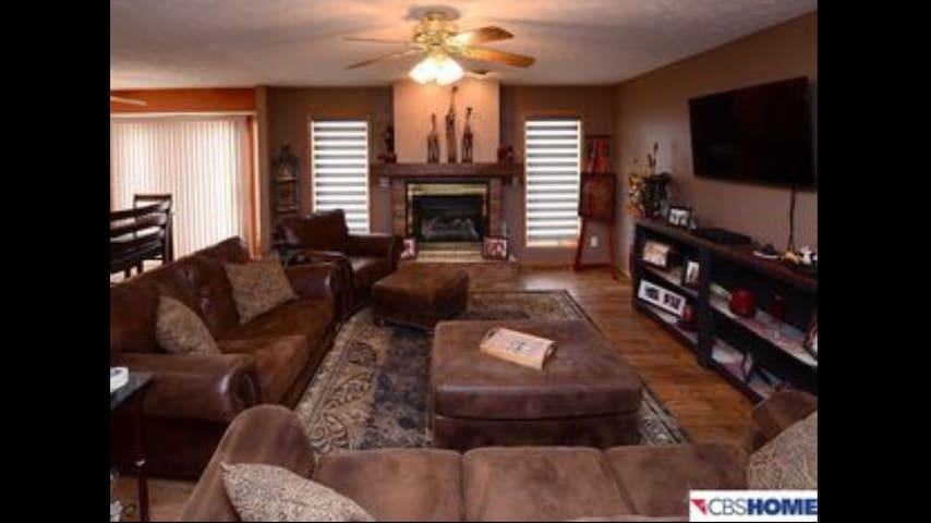 Acreage Fully Furnished Home - Neola - Haus