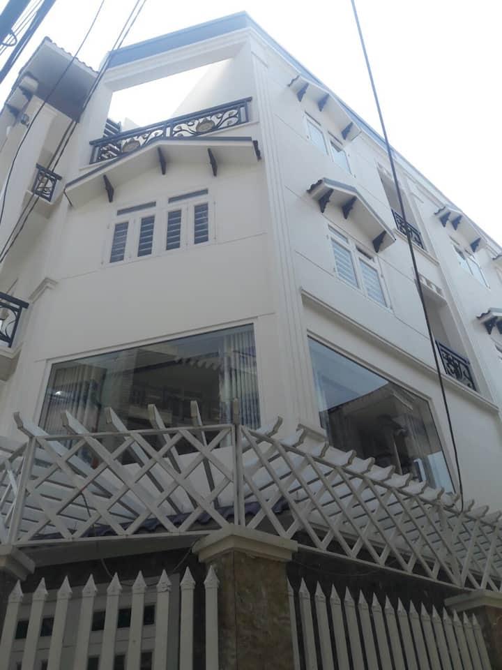 Phòng cho thuê Madala 1-3 người cao cấp
