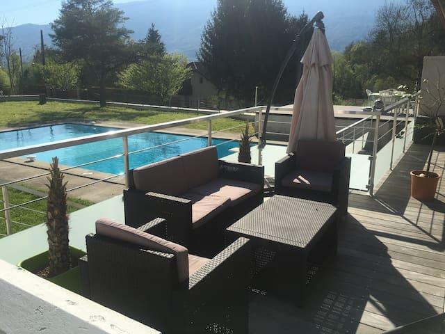 T5 entre lac et montagnes - Viviers-du-Lac - Apartment