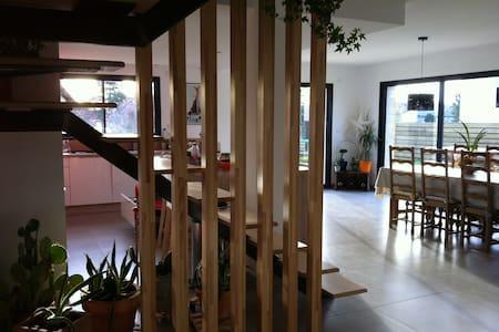 Maison proche rivière d'Ain-10 pers - Saint-Jean-de-Niost
