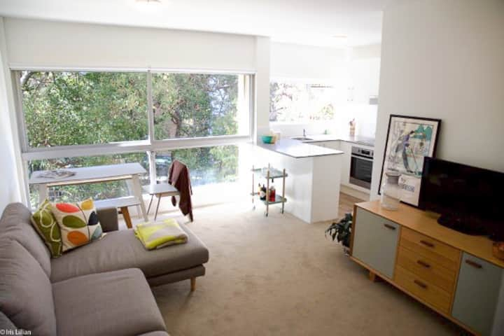 4th floor 1BD with leafy views & rooftop pool