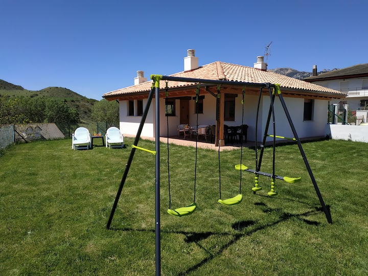 """Casa en entorno rural: """"Markinezenea"""""""