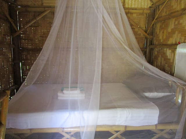bed for 1 person & mosquito net