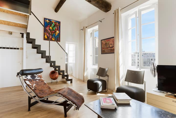 loft with view on historic Basilic