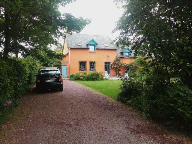 Schönes Landhaus, Nähe Kanal und Rennes