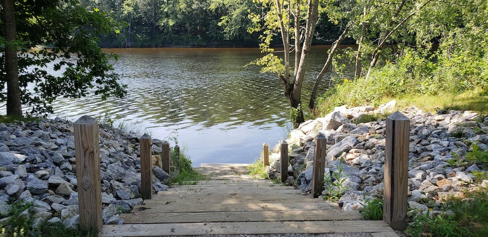 Nearby Canoe and Kayak Park & Launch (500 feet down the road) perfect for family and fishing.