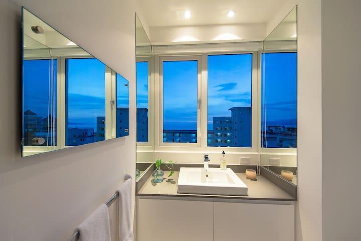 Powder Bathroom overlooking Banderas Bay