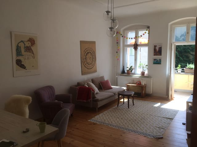 Cosy and sunny 2-room apartment with balcony, 65m²