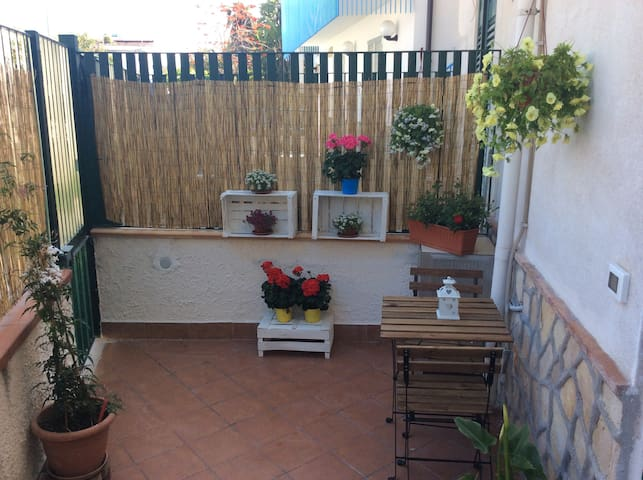 A' Casuzza ~Little bright flat in Mondello - Palermo - House