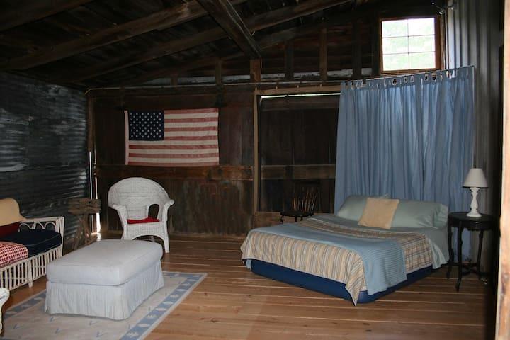 Glamping Barn