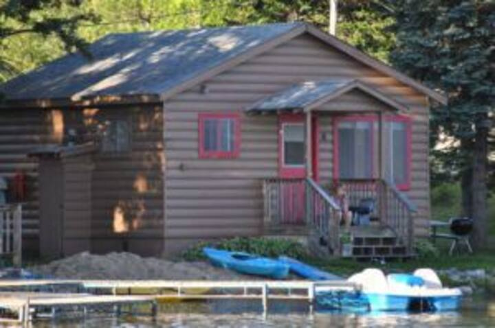2BR Cabin, recently remodeled, close to lake (#4)
