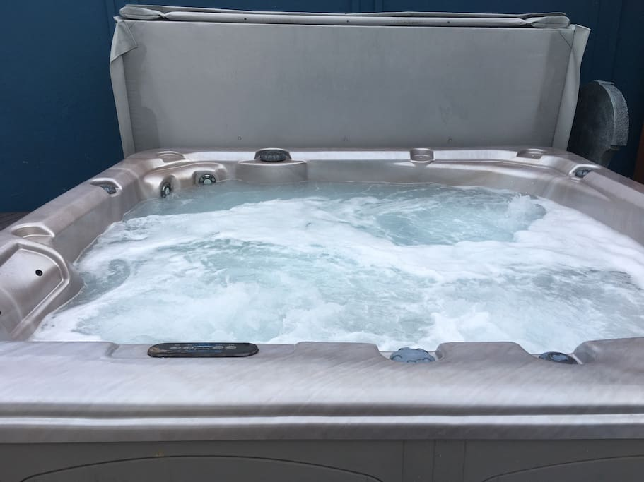 Hot tub in back yard open til 10:00 PM. Sometimes a little later
