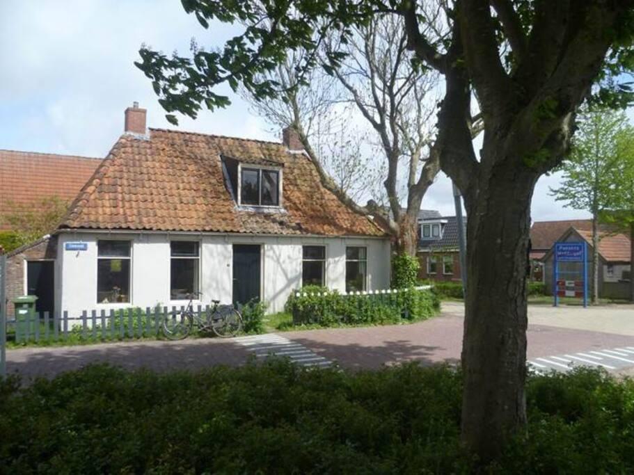 Romantisch vissershuisje huizen te huur in moddergat for Huizen te koop friesland