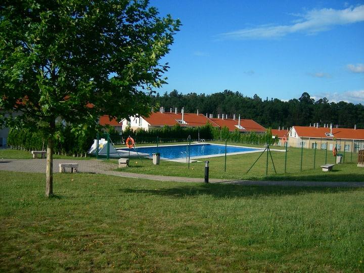 Apartment Santiago de  Compostela with pool + WIFI
