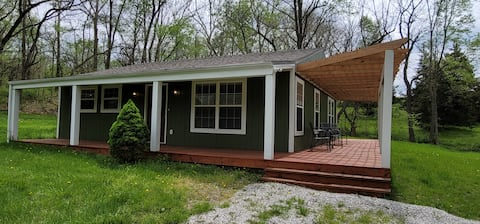 Rock Valley Ranch Cottage on 15 acres, sleeps 4